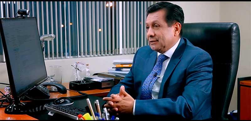 Fernando Barrios Ipenza, fundador del Instituto Continental